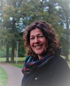 Inge Smit, Begeleiding voor kinderen, jongeren en mensen met een verstandelijke beperking, Deventer